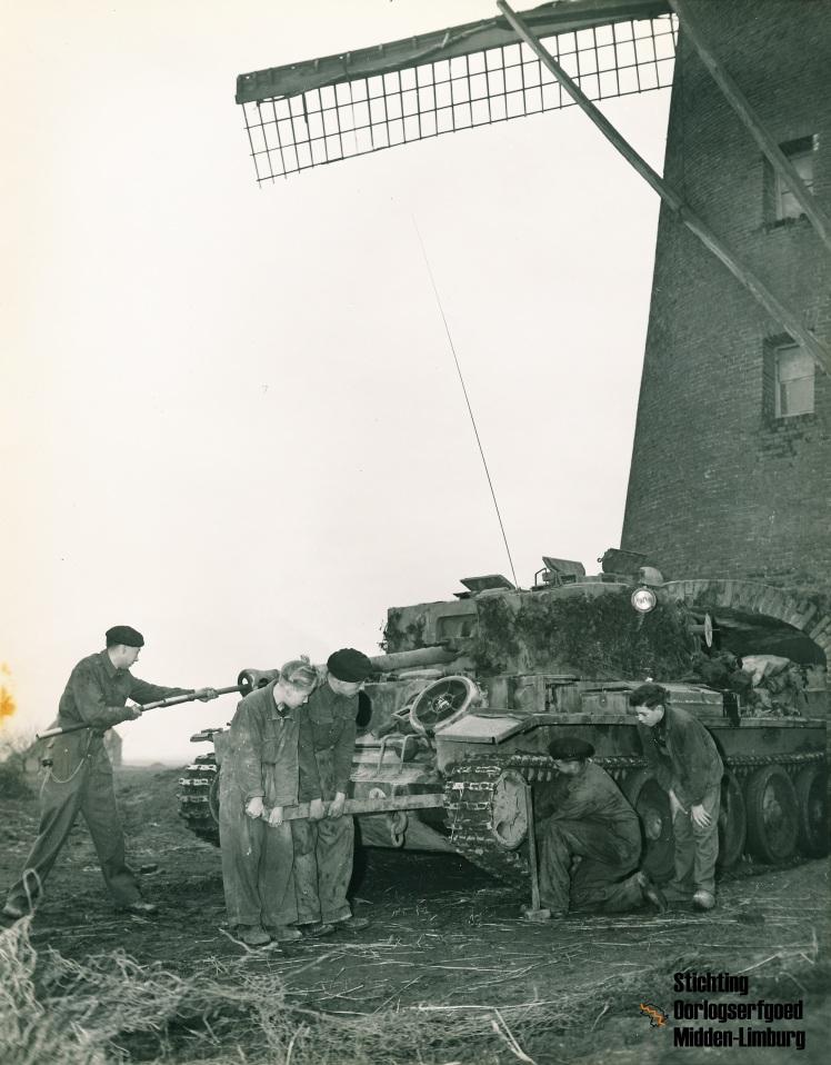 Molen Maasbracht (18-02-1945)_STOML